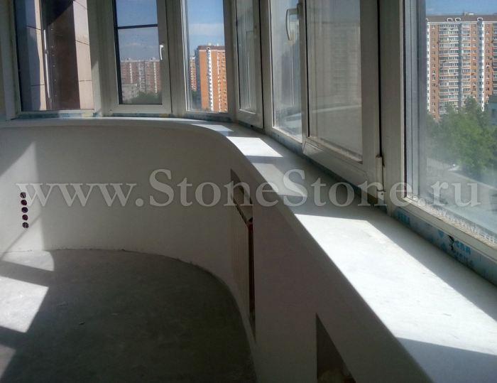 Изогнутый эркерный подоконник из камня для балкона